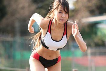 (市川沙緒里)陸上競技歴11年で全国大会入賞したこともある体育会系JDがAVデビュー!細いウエストもすごいけど、おっぱい、いい乳してますww【Tube8】