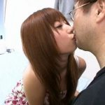 (成瀬心美)アニヲタで40代まで童貞だという中年の素人おっさん宅に心美ちゃんが訪問して優しく筆おろしwwよかったね~ww【Share Videos】