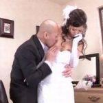 (麻生希)ちょっとマリッジブルーな花嫁は控室に訪ねてきた元カレから強引に責められてウェディングドレスのまま婚前NTRレイプ!【Share Videos】