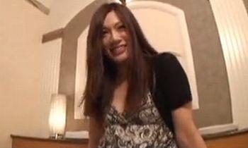 (素人ハメ撮り)札幌でキャバ嬢してるお姉さんが彼氏もいるのにラブホでハメ撮りAV撮影wwエッチしたくて仕方ない感じがなんかエロい【JavyNow】