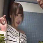 ポニテが可愛い(桃乃木かな)が薄暗い公衆トイレでとにかく挿れたい男から立ちバックで激ピストンされるww【RedTube】