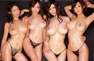 こりゃすごいww業界屈指の美巨乳・美脚・くびれの絶品ボディの4人が生ハメ&中出しで大乱交!!【Share Videos】