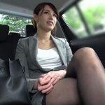 スーツが似合う才色兼備の人妻キャリアウーマンがセックスとなるとオマンコを濡らして淫乱な雌犬に!【Pornhub】