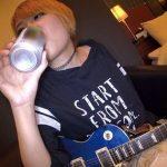 (素人ナンパ)ギター弾ける金髪BAND GALをナンパしてお酒と惚れクスリを飲ませたら腰振るたびにおっぱいがブルンブルン【真田美樹】【Pornhub】