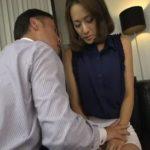 (たかせ由奈)タイトミニスカートが似合う保険会社の人妻美人OLが大事な商談を任され枕営業で見事に契約受注…しかしそれが社内でバレて…【Tube8】