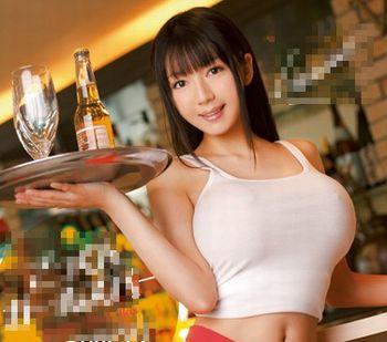 (姫野ゆうり)客の特濃ザーメンを爆乳美女がフェラ抜きしてくれるガールズバー♪店の裏では店長のおちんぽミルクもごっくんw【JavyNow】