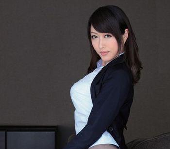 【星野あかり】この聡明そうな美人秘書が椅子に両手足を緊縛され、オマンコにバイブ挿れたまま電マでクリを責められる辱め【Share Videos】
