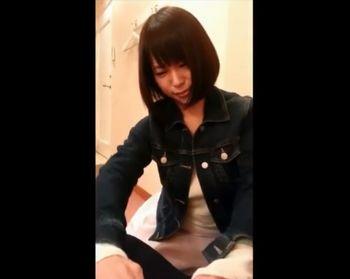 【スマホ動画】デリヘル嬢?ショートヘアの愛嬌たっぷり可愛いお姉さんがフェラで抜いてくれるまでを撮影したスマホ動画ww【Pornhub】