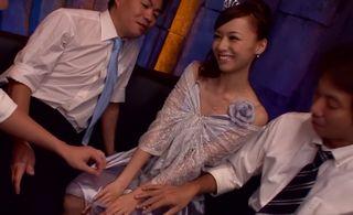 営業時間後のキャバクラでNo.1キャバ嬢がやっている特別サービスww手コキ、フェラ抜き、アナル舐め、チングリ返しでお掃除フェラww